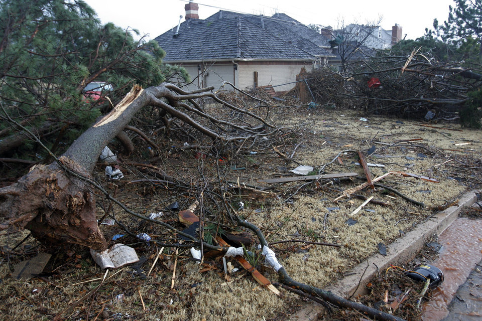 Photo - Tornado damaged home near Sorghum Mill and Kelly, Tuesday , February 10, 2009.  By David McDaniel, The Oklahoman.