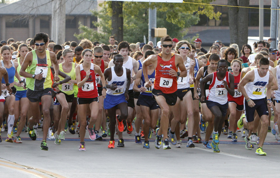 Runners begin the annual Brookhaven Run in Norman, OK, Saturday, August 31, 2013,  Photo by Paul Hellstern, The Oklahoman