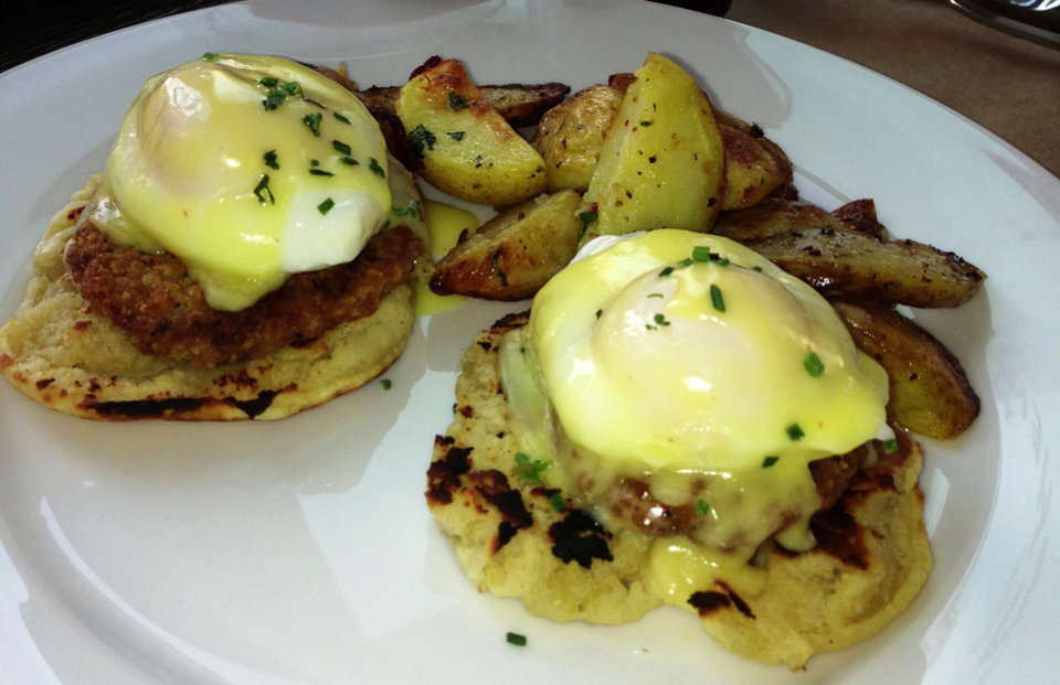 Fried Green Tomato Benedict at Kitchen 324 in downtown Oklahoma City. <strong>DAVE CATHEY - THE OKLAHOMAN</strong>