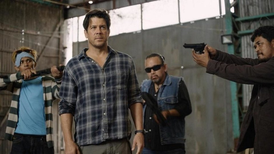 Photo - Christian Kane, center, stars in the new series