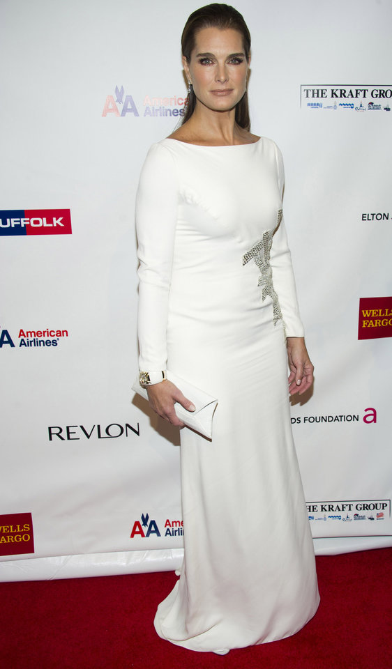 Photo -   Brooke Shields attends Elton John's AIDS Foundation's 11th annual Enduring Vision benefit on Monday, Oct. 15, 2012 in New York. (Photo by Charles Sykes/Invision/AP)