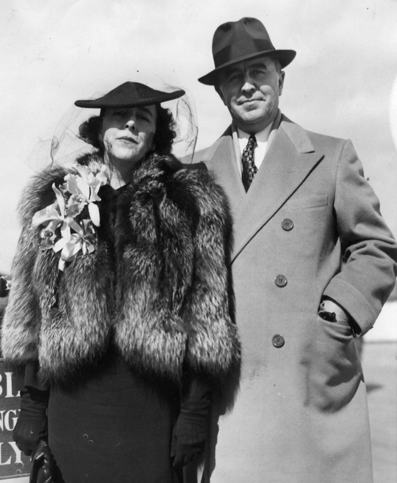 Photo - Mr. and Mrs. Charles and Berenice Urschel during the famous kidnapping trial 3/9/1938