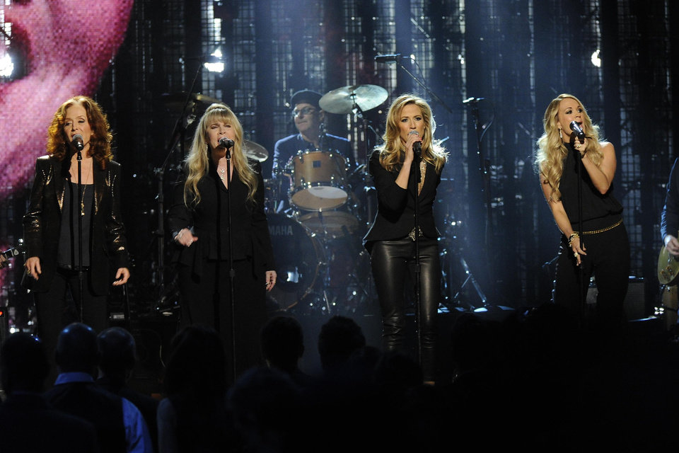 Photo - Bonnie Raitt, Stevie Nicks, Sheryl Crow, and Carrie Underwood perform at the 2014 Rock and Roll Hall of Fame Induction Ceremony on Thursday, April, 10, 2014 in New York. (Photo by Charles Sykes/Invision/AP)