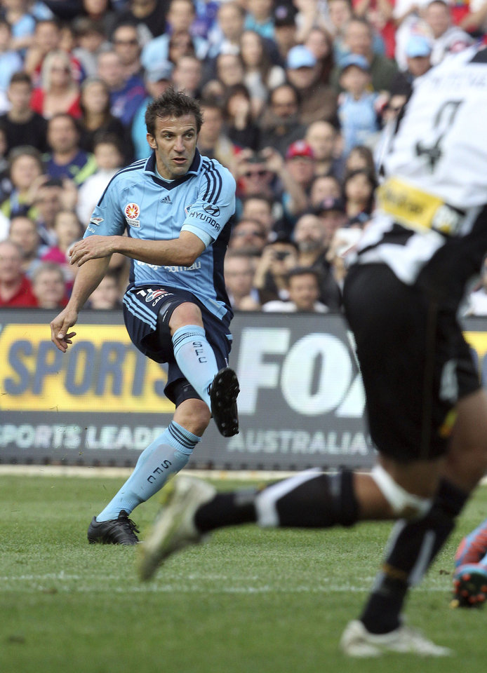 Sydney FC's Alessandro Del Piero takes a penalty kick against the Newcastle Jets during their A-league soccer match in Sydney, Australia, Saturday, Oct. 13, 2012. (AP Photo/Rob Griffith)