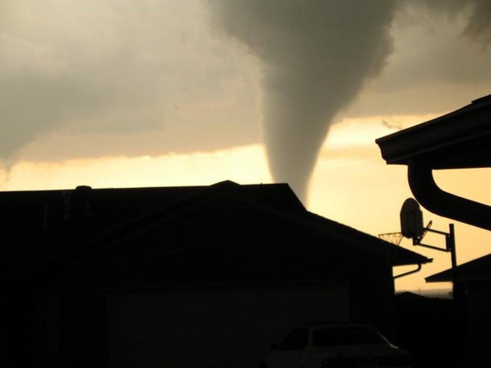Tornado in El Reno on April 24, 2006.<br/><b>Community Photo By:</b> Rustin Horner<br/><b>Submitted By:</b> Rustin, Bethany