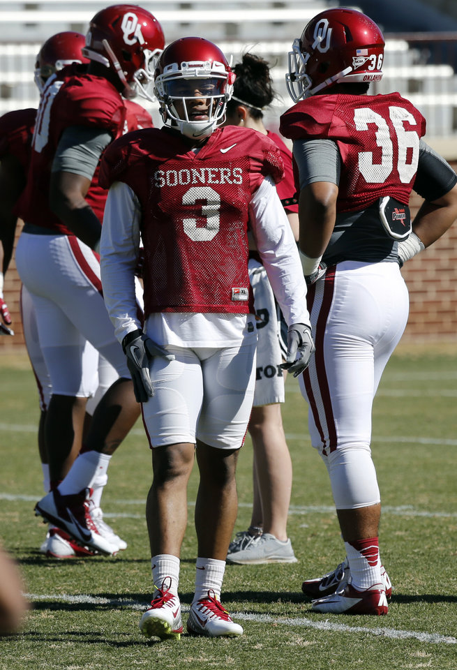 Photo - Sterling Shepard (3) goes through drills as the University of Oklahoma Sooners (OU) begin spring practice on Owen Field at Gaylord Family-Oklahoma Memorial Stadium in Norman, Okla., on Tuesday, March 11, 2014. Photo by Steve Sisney, The Oklahoman