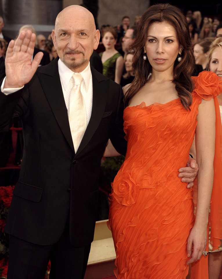 Photo - ** LINDA MILLER'S COMMENTARY:  Sorry, sir, but I prefer a dark tie. She's ravishing though in eye-popping color and this season's hottest trend, one-shoulder silhouettes.   ** British actor Sir Ben Kingsley, and actress Daniella Lavender arrive for the 81st Academy Awards Sunday, Feb. 22, 2009, in the Hollywood section of Los Angeles. (AP Photo/Chris Pizzello) ORG XMIT: CARV146