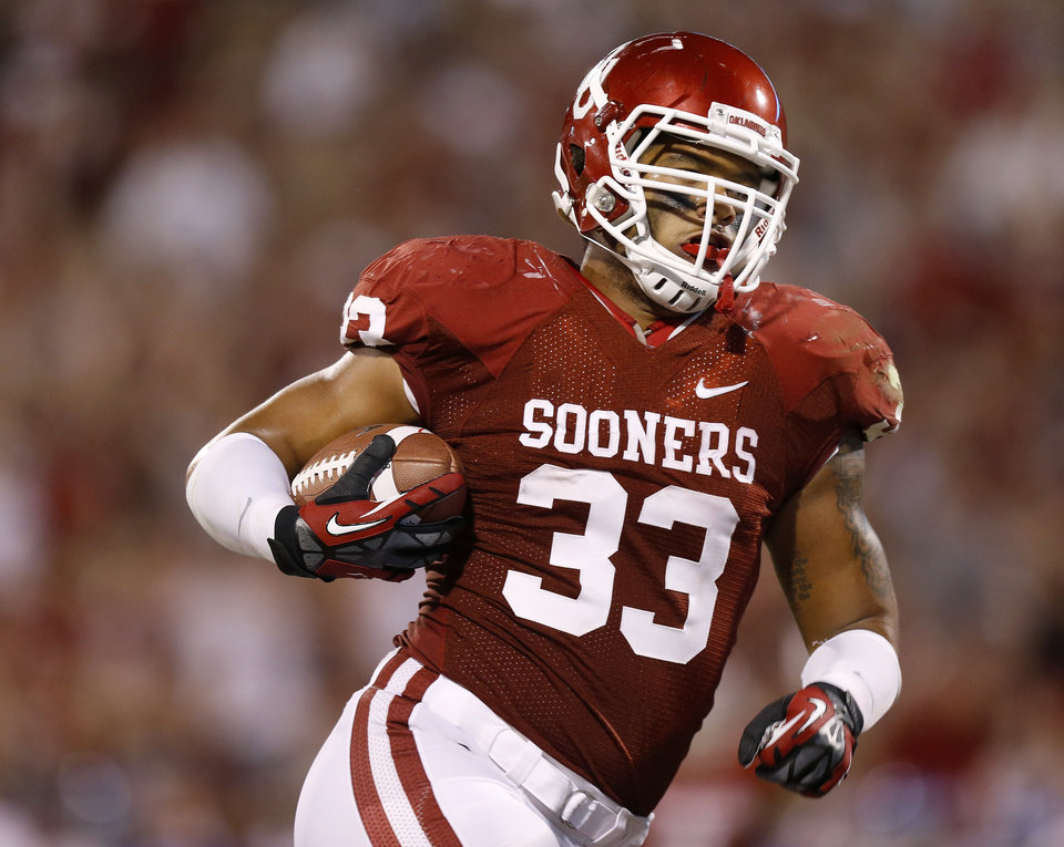 Oklahoma senior fullback Trey Millard could get more offensive touches in 2013. PHOTO BY BRYAN TERRY, THE OKLAHOMAN
