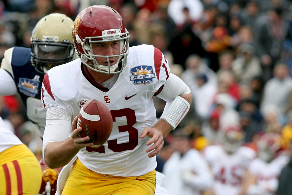 Southern California quarterback Max Wittek looks to hand off during the Sun Bowl NCAA college football game against Georgia Tech, Monday, Dec. 31, 2012, in El Paso, Texas. (AP Photo/Mark Lambie)