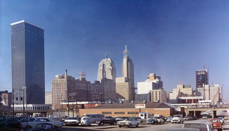 OKLAHOMA CITY / SKY LINE / OKLAHOMA / DOWNTOWN:  No caption.  Photo undated and unpublished.  Photo arrived in library on 01/25/1971.