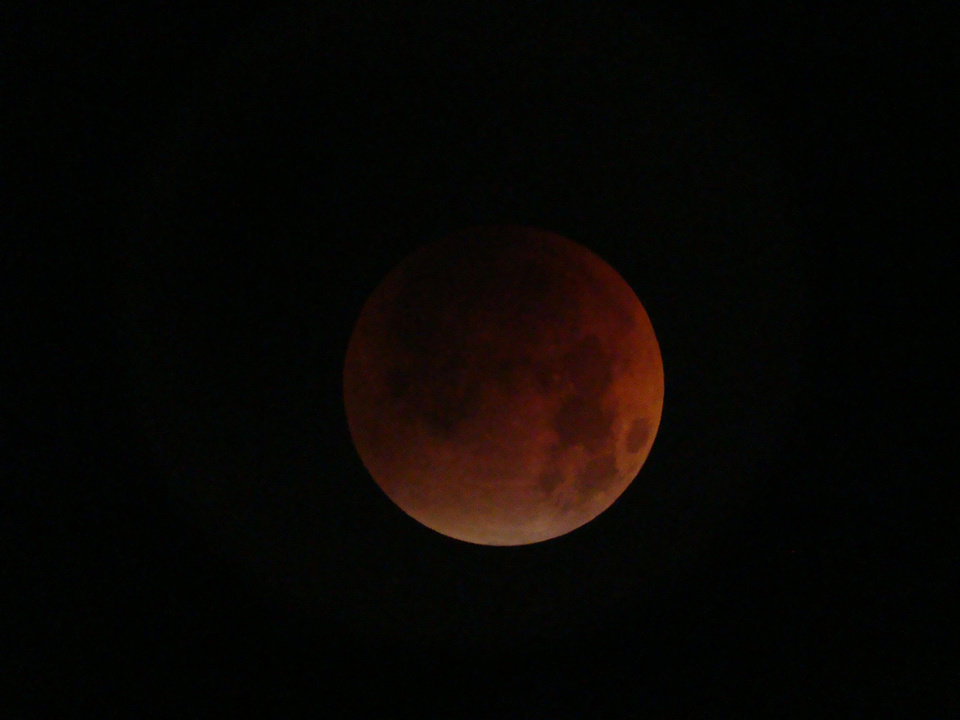 ANOTHER SHOT OF THE TOTAL ECLIPSE<br/><b>Community Photo By:</b> RAY CLEMENT<br/><b>Submitted By:</b> RAY, MIDWEST CITY