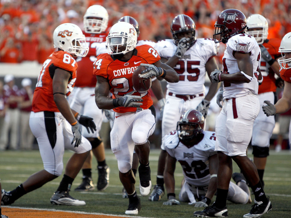 OSU's Kendall Hunter scores a touchdown in th second quarter during the college football game between the Oklahoma State University Cowboys (OSU) and the Troy University Trojans at Boone Pickens Stadium in Stillwater, Okla., Saturday, Sept. 11, 2010. Photo by Sarah Phipps, The Oklahoman