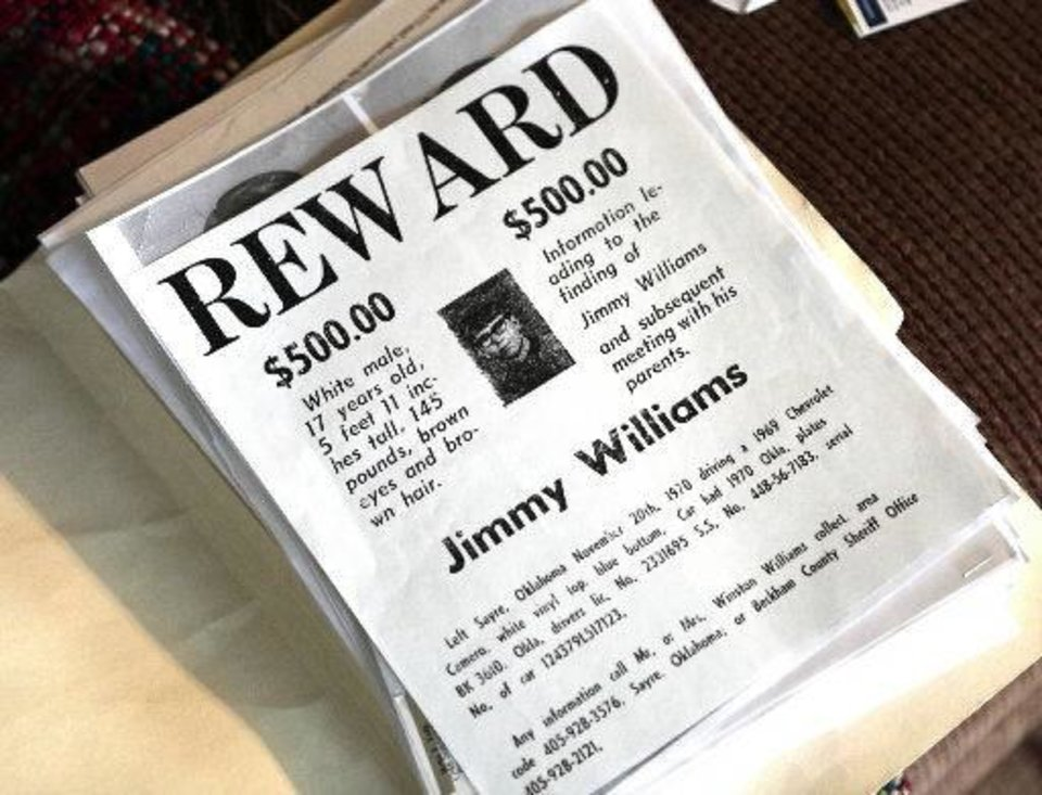 Reward poster for Jimmy Allen Williams, who was 16 when he disappeared from Sayre in 1970. <strong>David McDaniel - The Oklahoman</strong>