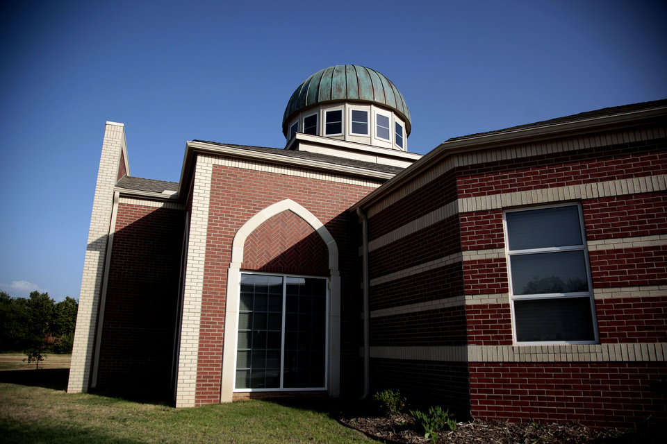 Photo - The Islamic Society of Norman's new mosque is at 420 E Lindsey, across from the University of Oklahoma duck pond.   SARAH PHIPPS - SARAH PHIPPS