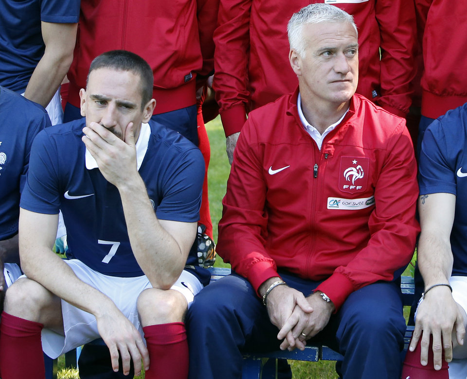 Photo - France's forward Franck Ribery,  left and head coach Didier Deschamps pose for the team picture at the French national football team's training base, in Clairefontaine, outside Paris, Friday, June 6, 2014 as part of France's national football team's preparation for the upcoming FIFA 2014 World Cup in Brazil. (AP Photo/Francois Mori)