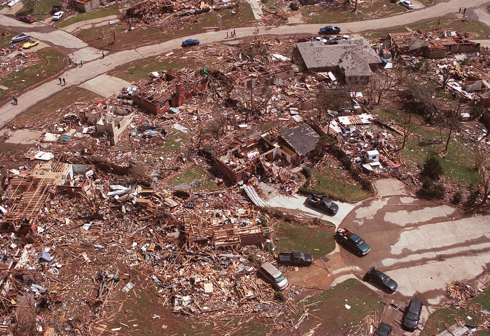 MAY 3, 1999 TORNADO: Tornado damage, aerial view: A leveled cul-de-sac in an addition in Moore just south of Westmoore HS.