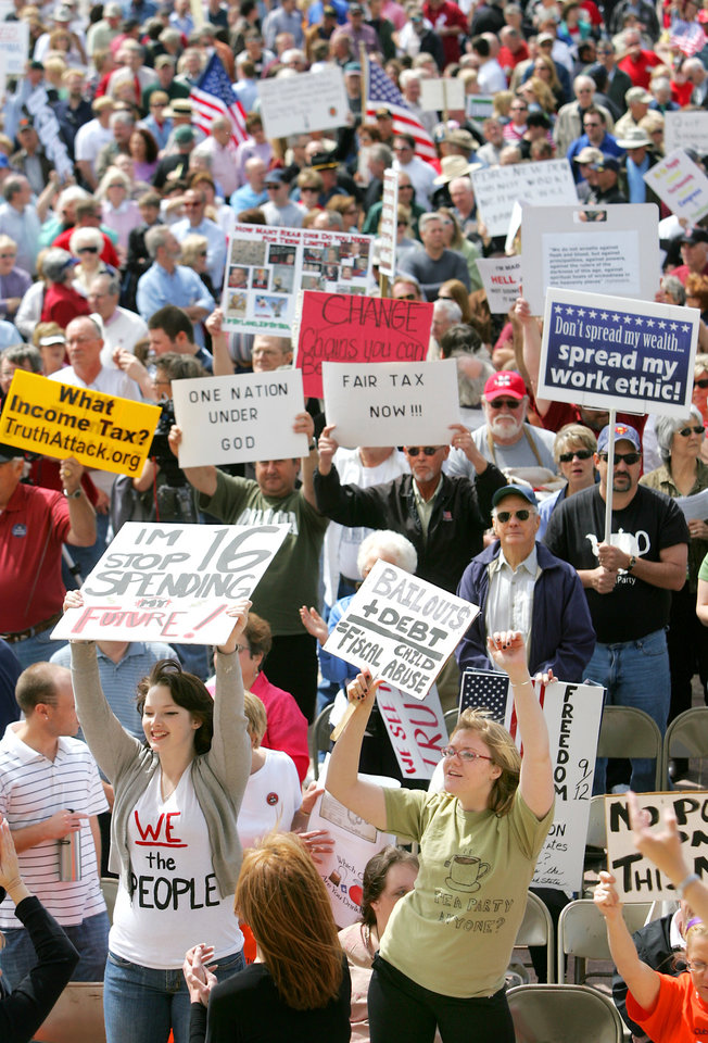 Photo - Tax Day Protesters gather on the south steps of the State Capitol to protest government spending in Oklahoma City, Oklahoma April 15, 2009.  Photo by Steve Gooch, The Oklahoman