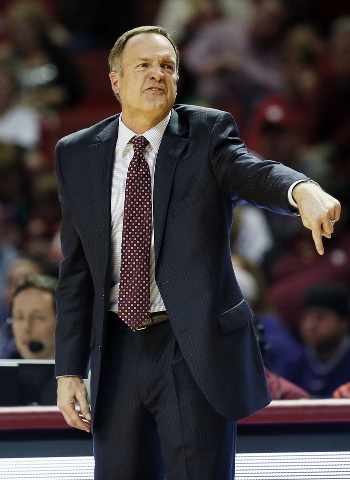 OU head coach Lon Kruger gives instructions to the Sooners during an NCAA men\'s basketball game between the University of Oklahoma (OU) and Kansas State at the Lloyd Noble Center in Norman, Okla., Saturday, Feb. 2, 2013. Kansas State won, 52-50. Photo by Nate Billings, The Oklahoman