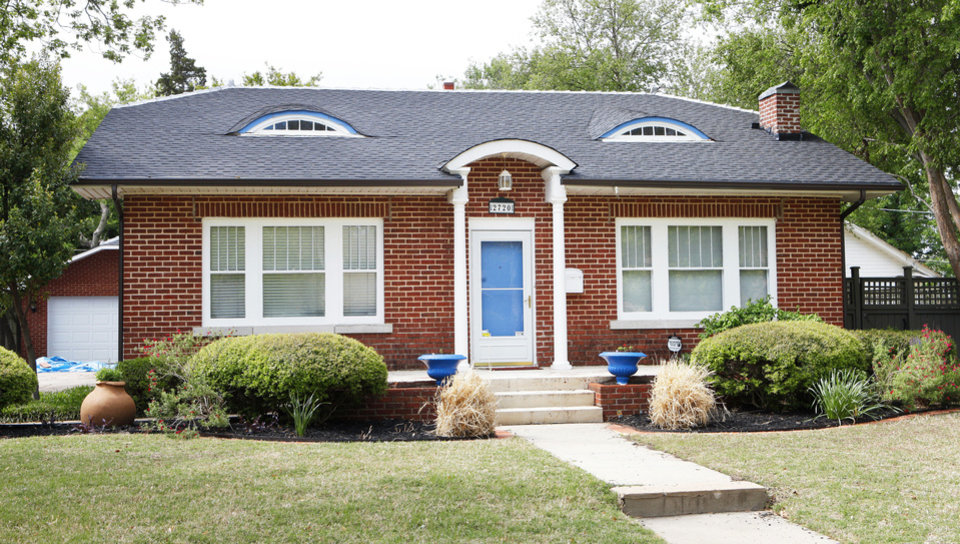 Photo - Jeff James' home at 2720 NW 13 is on the Miller at May Home Tour.  PAUL B. SOUTHERLAND - The Oklahoman
