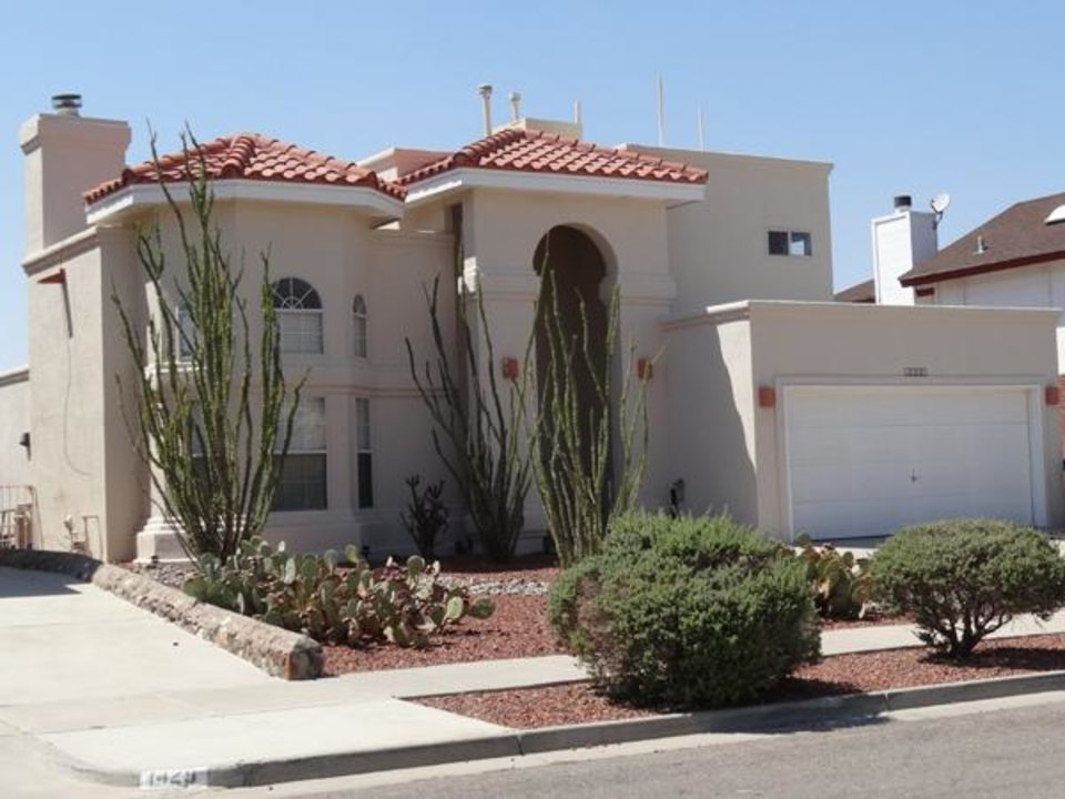 Photo -  Typical desert landscaping at an El Paso home