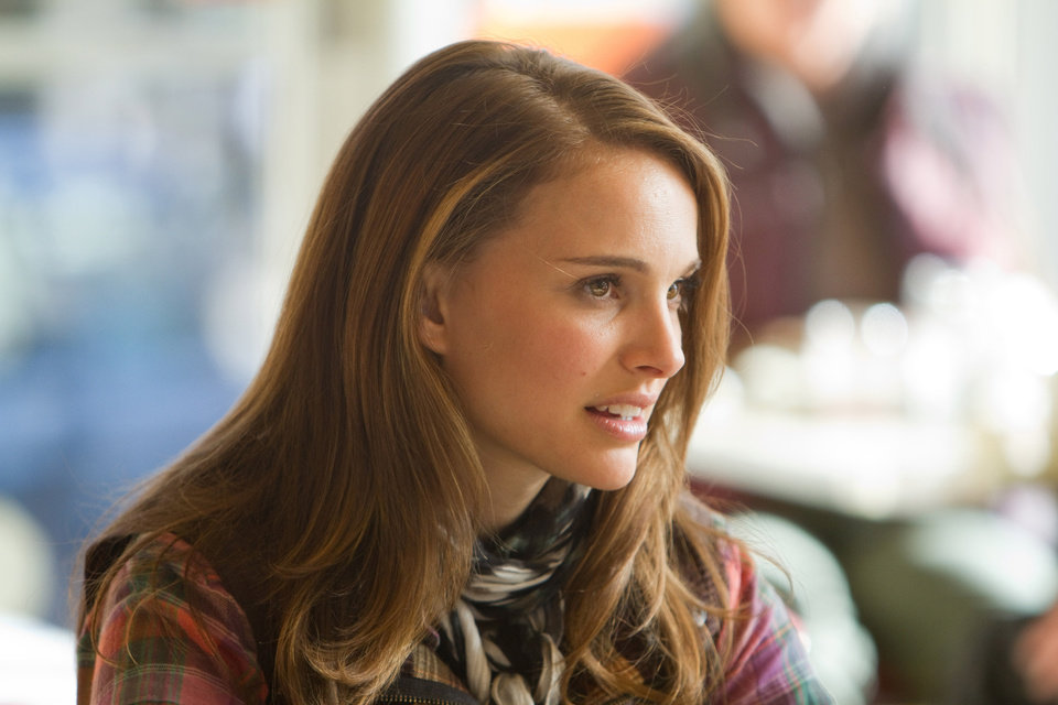 Photo -  Photo credit: Zade Rosenthal / Marvel StudiosLeft to right: Jane Foster (Natalie Portman) and Darcy Lewis (Kat Dennings) in THOR, from Paramount Pictures and Marvel Entertainment.© 2011 MVLFFLLC. TM & © 2011 Marvel. All Rights Reserved.