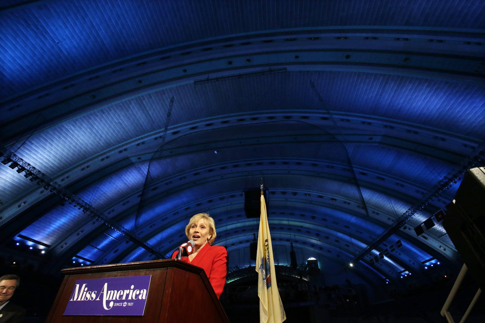 Photo - New Jersey Lt. Gov. Kim Guadagno announces at Atlantic City's Boardwalk Hall. Thursday, Feb. 14, 2013, in Atlantic City, that the Miss America pageant is returning to Atlantic City. The pageant returns to Atlantic City in September after spending six years in Las Vegas. (AP Photo/Mel Evans)