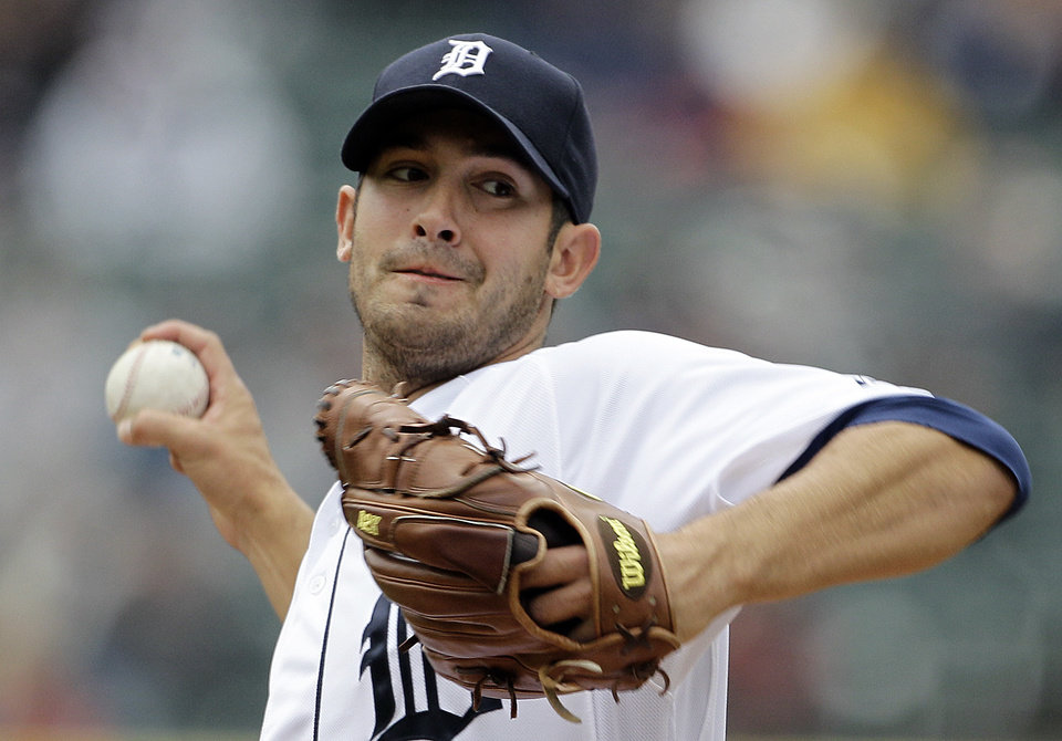 Photo -   Detroit Tigers pitcher Rick Porcello throws against the Seattle Mariners in the first inning of a baseball game in Detroit, Thursday, April 26, 2012. (AP Photo/Paul Sancya)