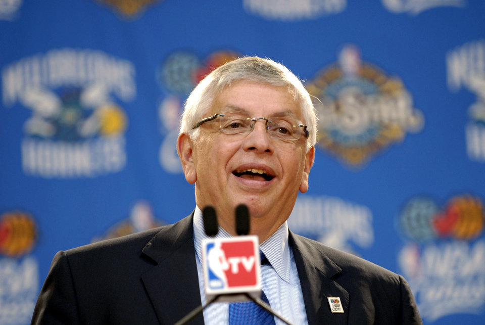 Photo - NBA Commissioner David Stern announces the NBA's league-wide season-long effort to help the rebuilding in New Orleans, Wednesday, Oct. 31, 2007. (AP Photo/Cheryl Gerber) ORG XMIT: LACG104