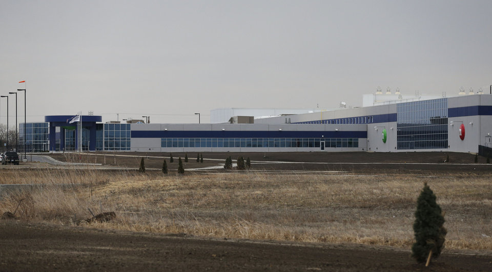 Photo - This Wednesday, March 26, 2014 photograph shows the new Mars Inc. production facility near Topeka, Kan. It's the company's first new North American production facility in 35 years. (AP Photo/Orlin Wagner)