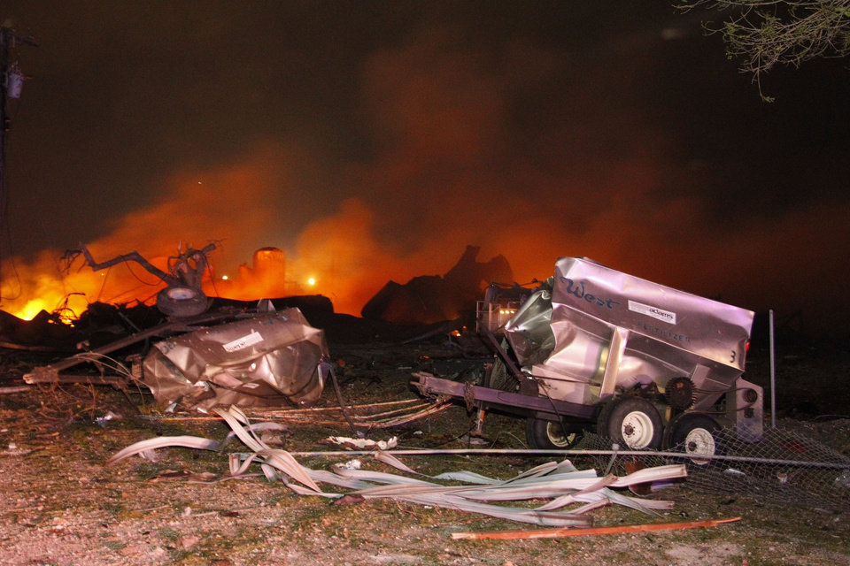 Photo - A fire burns at a fertilizer plant in West, Texas after an explosion Wednesday April 17, 2013 (AP Photo/Michael Ainsworth/The Dallas Morning News)