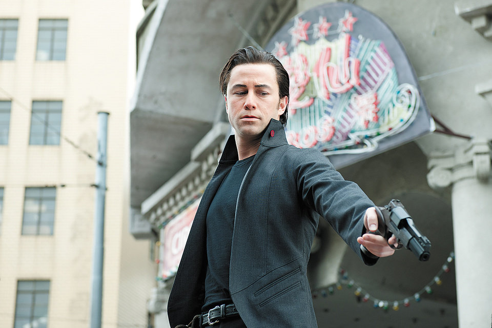 "MOVIE: This film image released by Sony Pictures shows Joseph Gordon-Levitt in a scene from the action thriller ""Looper."" (AP Photo/Sony Pictures Entertainment) ORG XMIT: NYET498 ORG XMIT: OKC1208211800497191"