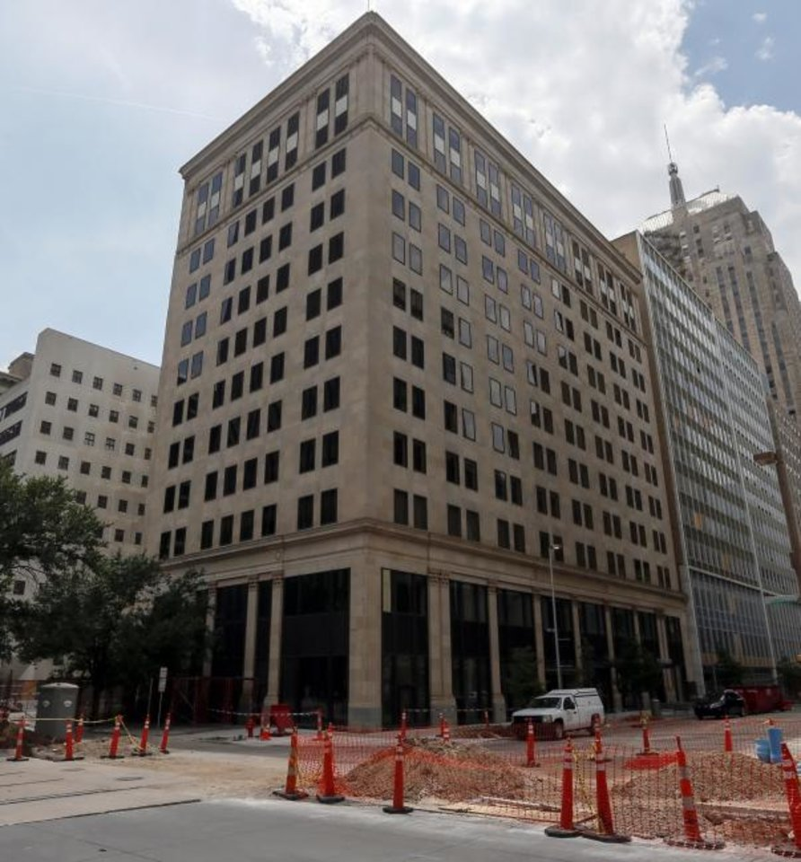 Photo -  The 12-story, 99,752-square-foot 100 Park Avenue Building, 100 Park Ave., built in 1923, was 46% vacant at midyear, according to Price Edwards & Co. [NATE BILLINGS/THE OKLAHOMAN]