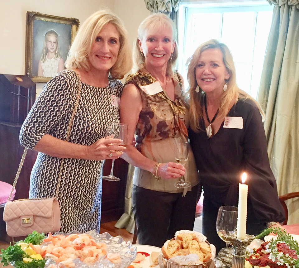 Photo - Marsha Funk, Leanne Waddell, Leslie Lynn.  PHOTO BY MARY PRICE