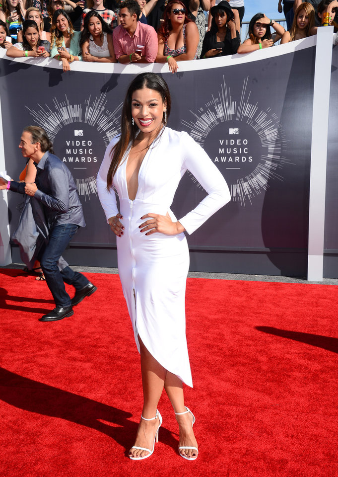 Photo - Jordin Sparks arrives at the MTV Video Music Awards at The Forum on Sunday, Aug. 24, 2014, in Inglewood, Calif. (Photo by Jordan Strauss/Invision/AP)