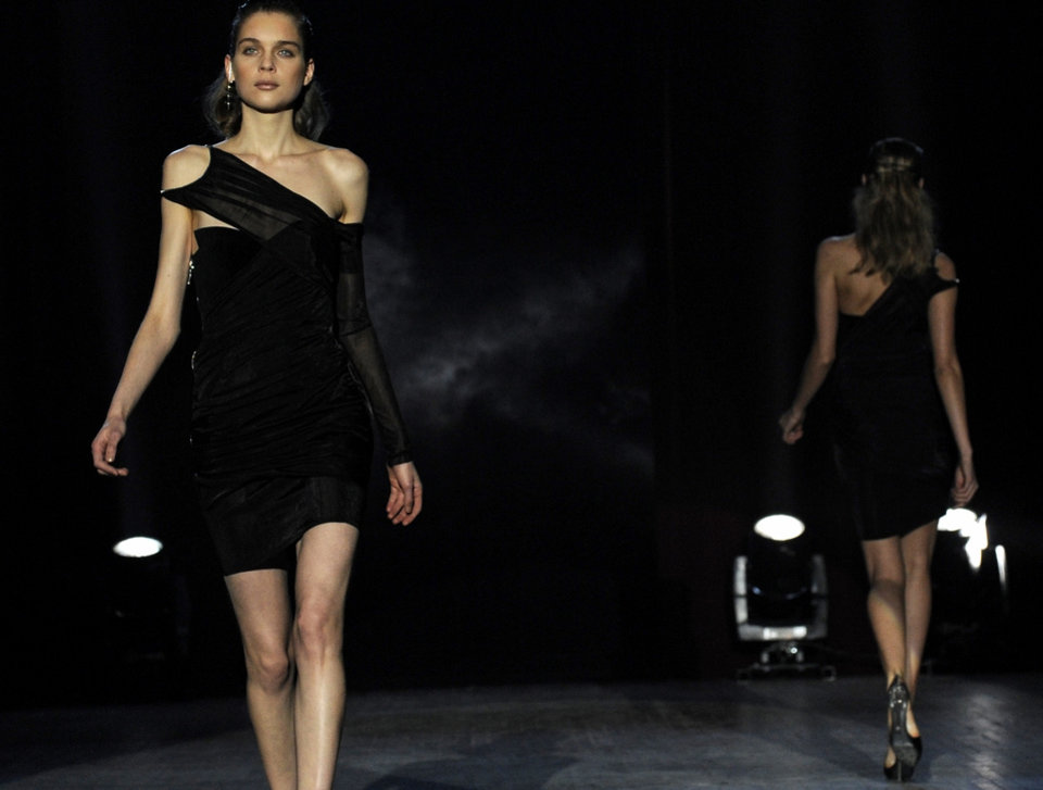 The fall 2009 collection of Alexander Wang is modeled during Fashion Week, Saturday, Feb. 14, 2009, in New York. (AP Photo/Louis Lanzano)