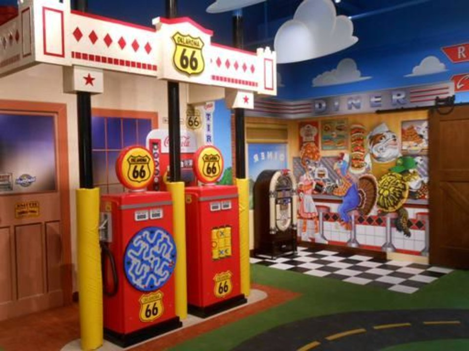 Photo -  OK Kids Korral indoor play room