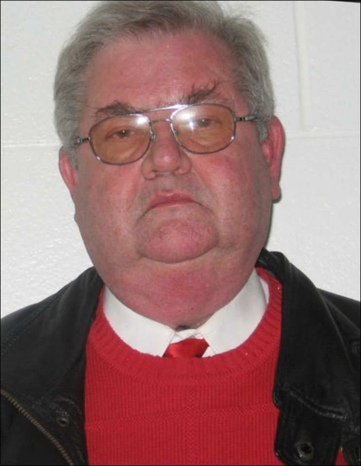 Photo - Kenneth Huneycutt, Ada pastor charged in molestation case.    ORG XMIT: 0812242038002184