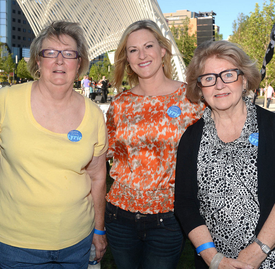 Mary Streich, Paula Love, Linda Garrett. Photo by David Faytinger, for The Oklahoman