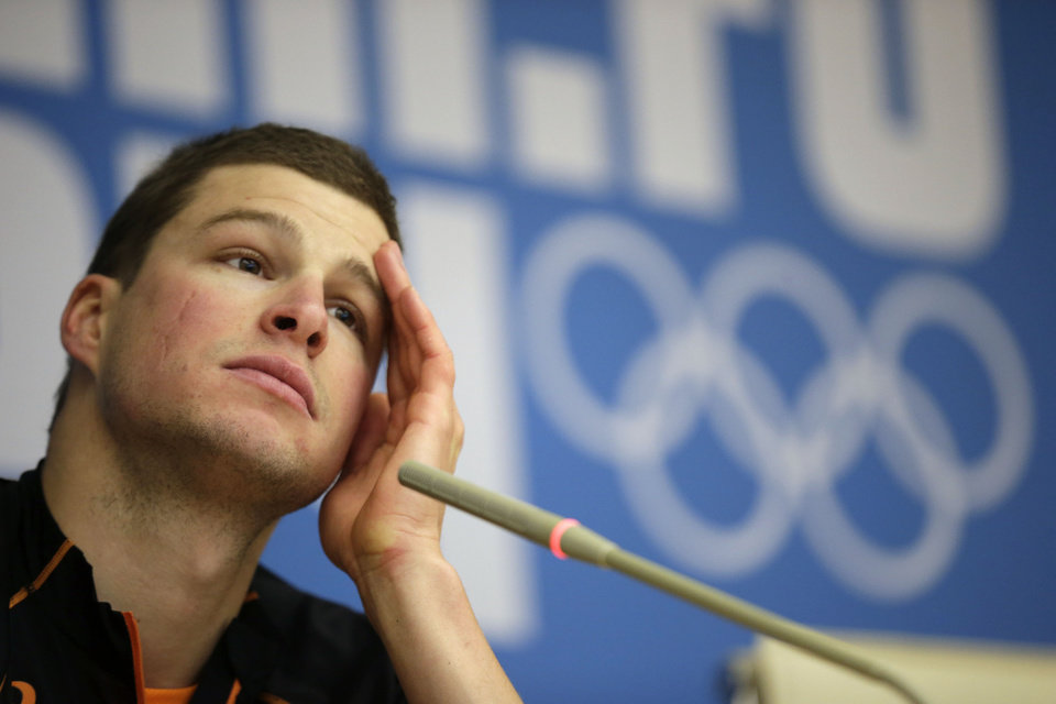 Photo - Speedskater Sven Kramer of the Netherlands gestures during a press conference at the 2014 Winter Olympics in Sochi, Russia, Wednesday, Feb. 5, 2014. (AP Photo/Matt Dunham)