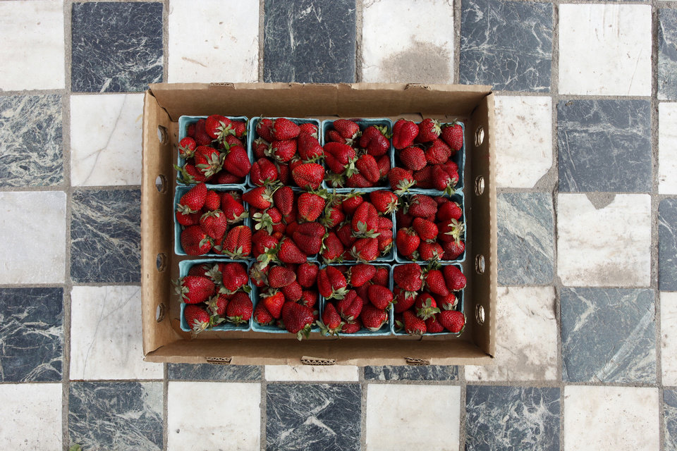The Urban Agrarian carries local strawberries among its inventory of local food products. <strong>DOUG HOKE - THE OKLAHOMAN</strong>