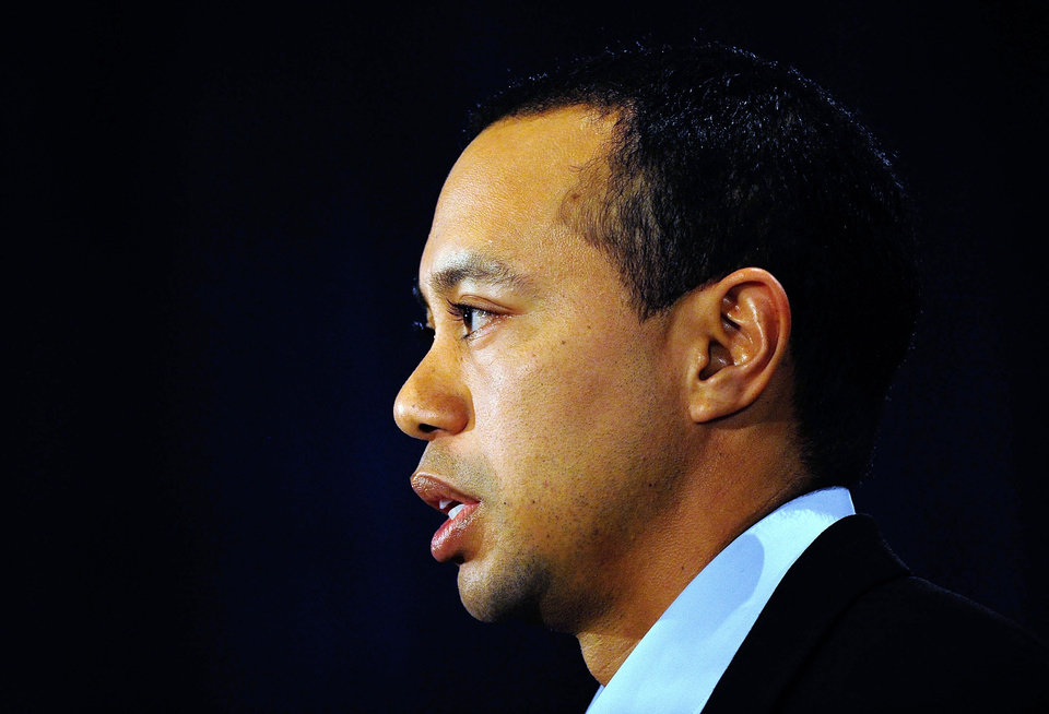 Photo - Tiger Woods makes a statement at the Sawgrass Players Club, Friday, Feb. 19, 2010, in Ponte Vedra Beach, Fla. (AP Photo/Sam Greenwood, Pool) ORG XMIT: TWP120