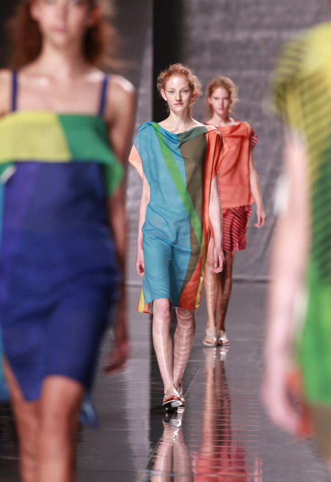 Photo -   A model wears a creation designed by Japanese fashion designer Yushiyuki Miyamae for Issey Miyake's Spring-Summer 2013 ready to wear collection, presented in Paris, Friday, Sept.28, 2012. (AP Photo/Thibault Camus)