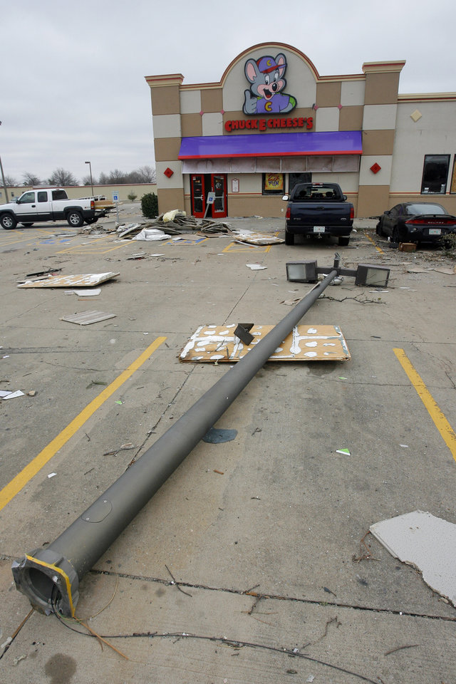 Tornado damage near the intersection of Rockwell and Northwest Expressway, Wednesday , February 11, 2009. Damage at the Chuck E Cheese's. By David McDaniel, The Oklahoman.