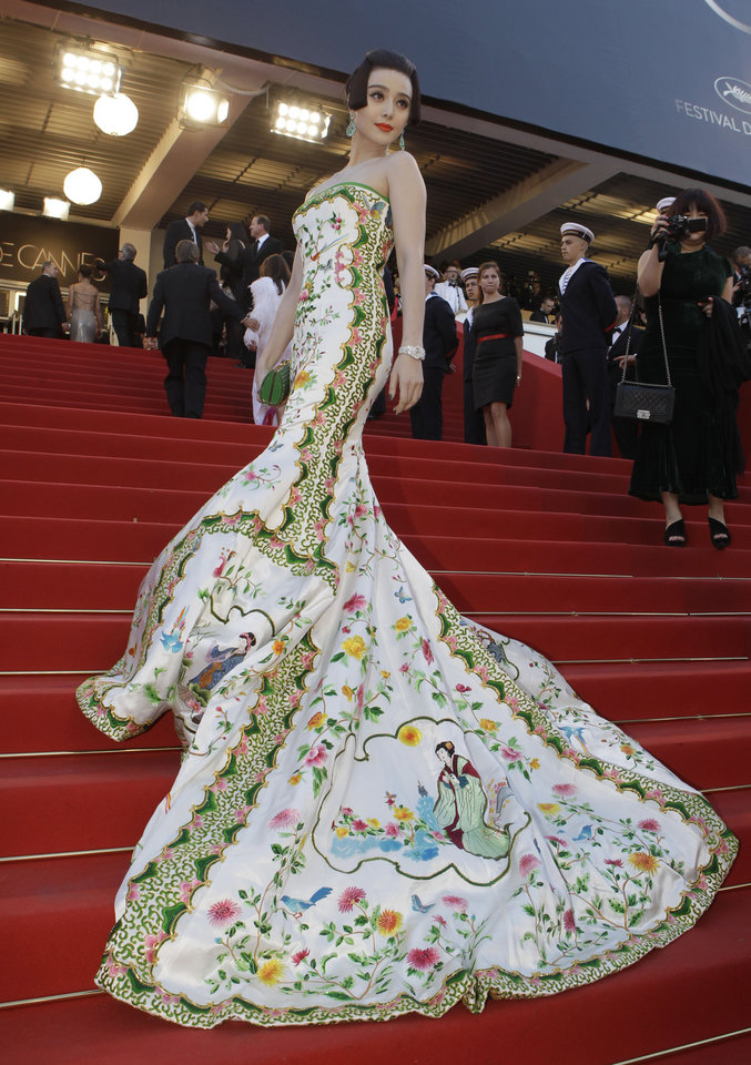 Photo - Actress Fan Bing Bing arrives for the opening ceremony and screening of Moonrise Kingdom at the 65th international film festival, in Cannes, southern France, Wednesday, May 16, 2012. (AP Photo/Lionel Cironneau) ORG XMIT: CAN186