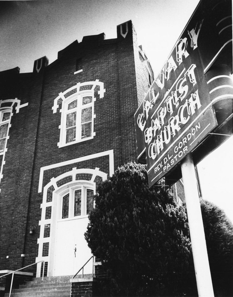 The missing neon Calvary Baptist Church sign is shown in this 1980 photo. Oklahoman Archives Photo