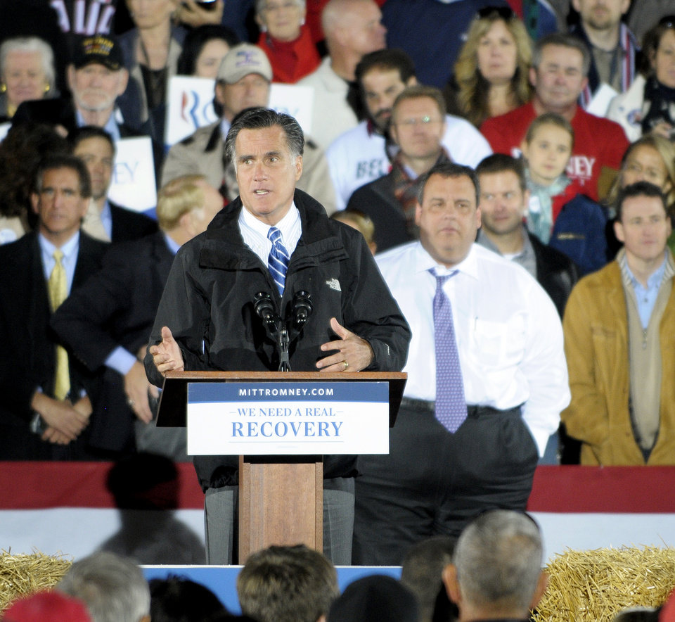 Photo -   Republican presidential candidate and former Massachusetts Gov. Mitt Romney campaigns in Cuyahoga Falls, Ohio, Tuesday, Oct. 9, 2012. (AP Photo/Mark Stahl)