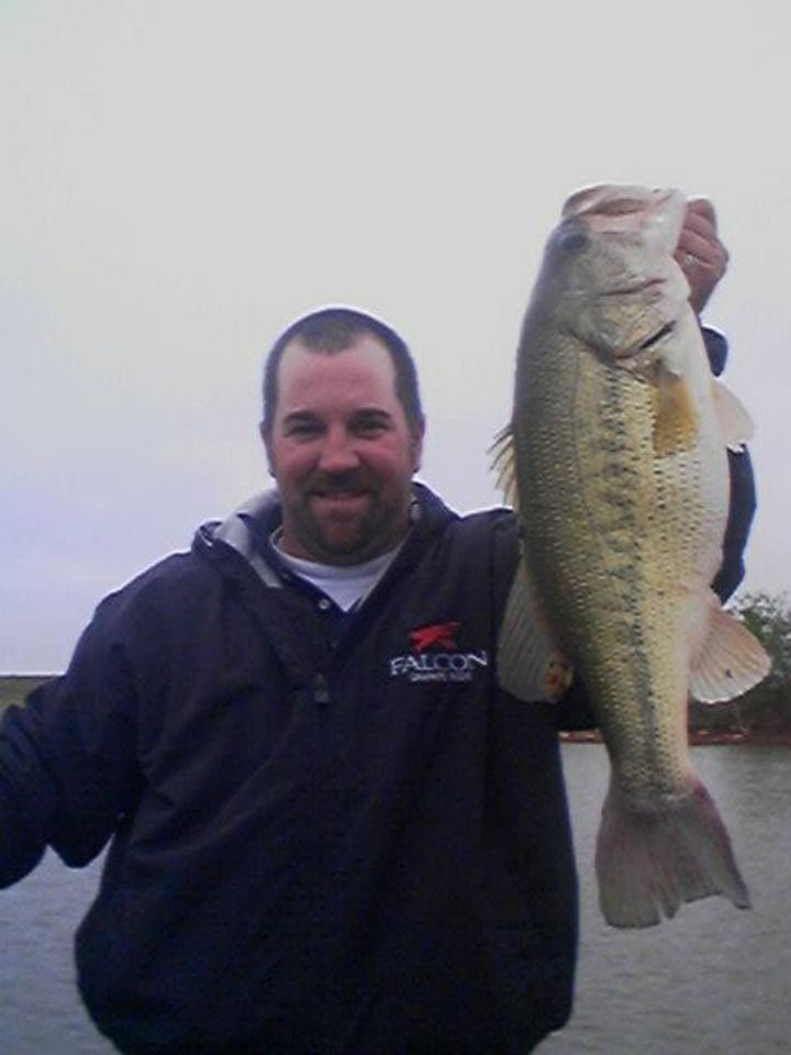 Believe it or not oklahoma city man catches 10 pound for Lake hefner fishing report