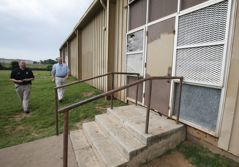 Photo - This is a building which has been condemned at Webster Middle School in Oklahoma City, OK, Friday, May 4, 2012. This is for a story about the life of a middle school.  By Paul Hellstern, The Oklahoman