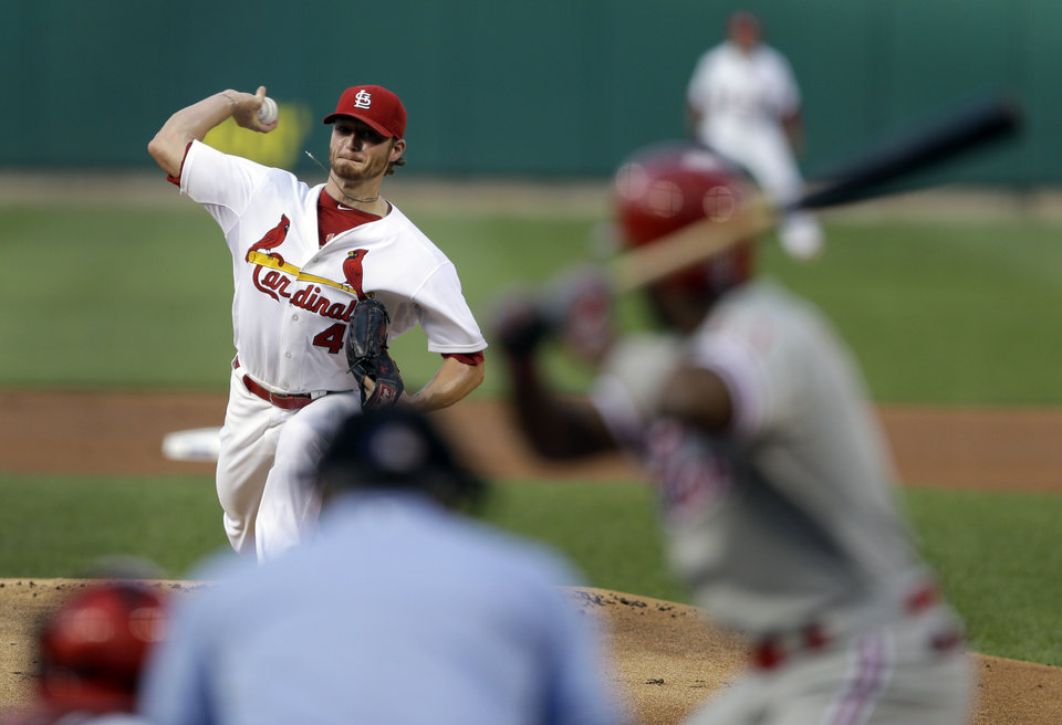 Photo - St. Louis Cardinals starting pitcher Shelby Miller throws during the first inning of a baseball game against the Philadelphia Phillies, Thursday, June 19, 2014, in St. Louis. (AP Photo/Jeff Roberson)
