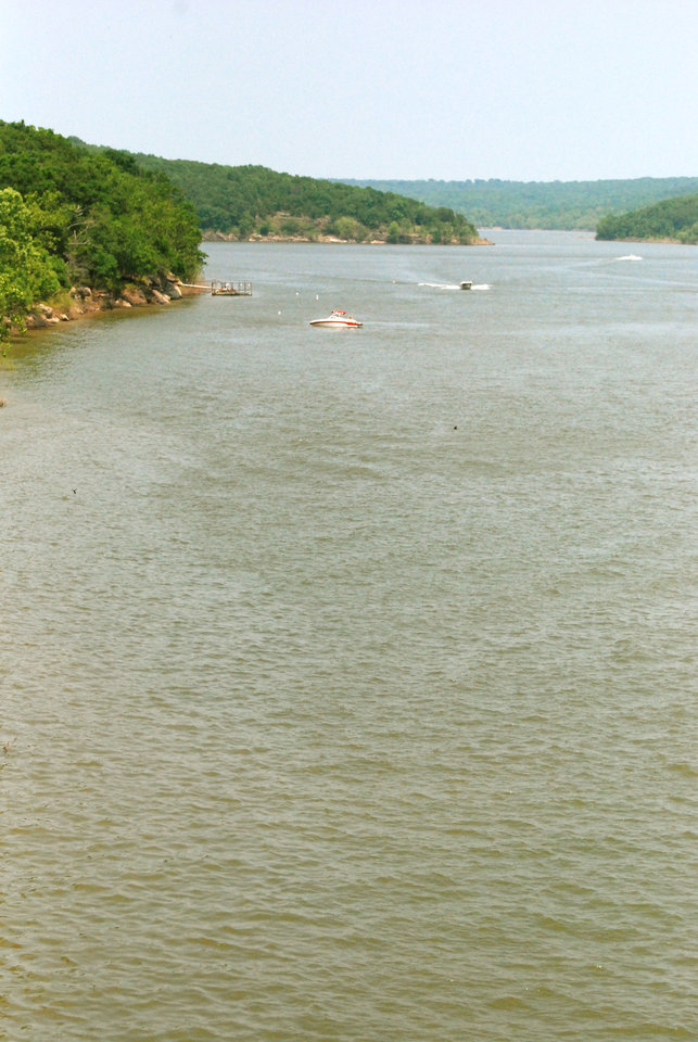 Photo - Boaters take to the water at Lake Eufaula.  PHOTO PROVIDED